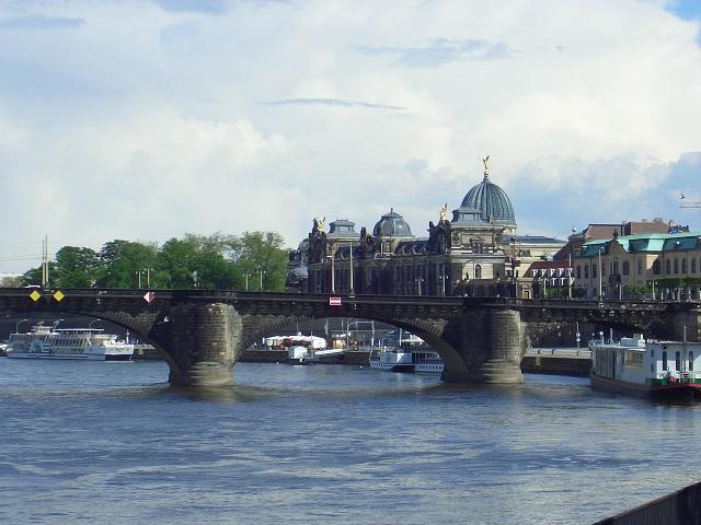 The International Dresden Dialogue 2017