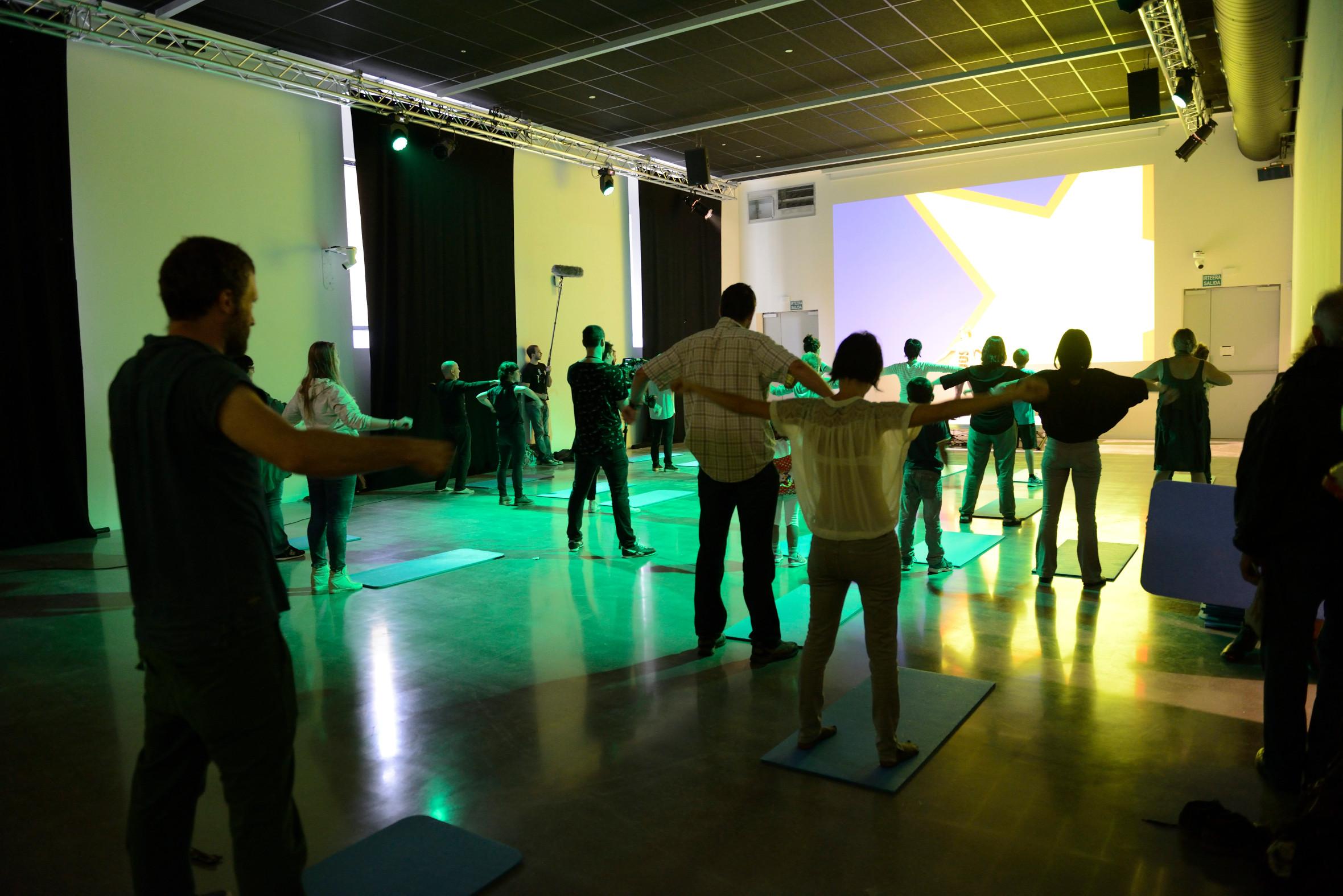 Tabakalera sesion yoga